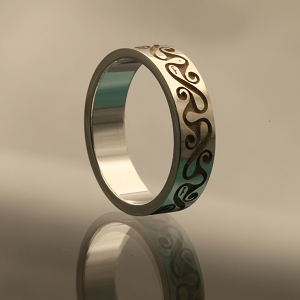 laser ring marking with ornaments